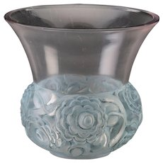 R. LALIQUE Very Rare Renoncules Vase with Blue Patina. Circa 1930