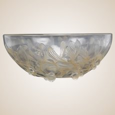 RENE LALIQUE (France) Gui Coupe Bowl (Mistletoe). Circa 1921