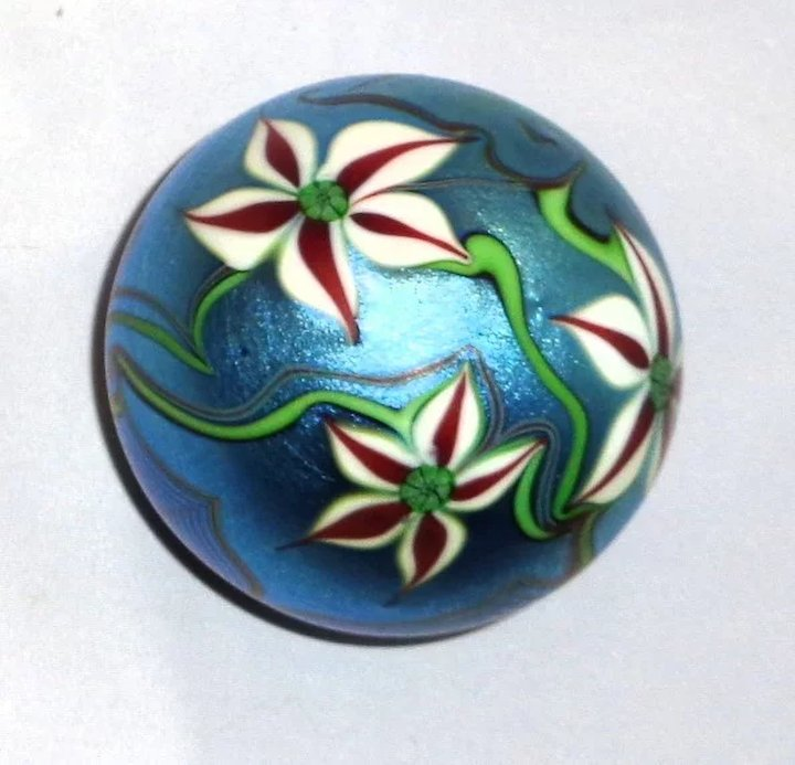 Orient Flume Art Glass Paperweight Exquisite Flowers And Foliage