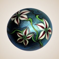 Orient & Flume Art Glass Paperweight - Exquisite Flowers And Foliage -   Signed and Dated 1984