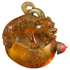Hand Carved Chinese Beijing/Peking Glass Snuff Bottle With Foo Dog