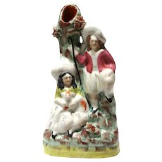 STAFFORDSHIRE Pottery  (England) - 19th Century Flat Back Spill vAse With Shepherd and Shepherdess (Holding Her Dog)