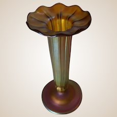 TIFFANY (Louis Comfort Tiffany - New York) Gold Favrile Ribbed Glass Vase With Butterfly Intaglio - circa 1905 - Very Rare And Beautiful.