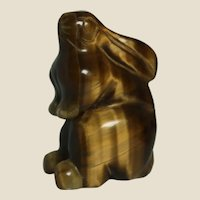 Tiger's Eye Hand-Carved Miniature Bunny Rabbit, The Most Elegant And Gentle Animal Among Chinese Zodiac Signs.