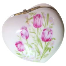 Beautiful Vintage Heart-Shaped Trinket Box With Flowers