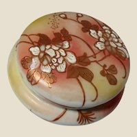 Chinese Porcelain Powder Box or Dresser Box