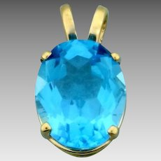 3ct Swiss Blue Topaz Gold Pendant in 14K Yellow Gold
