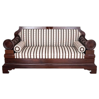 Biedermeier sofa from around 1850. AFTER RENOVATION.