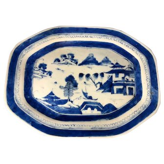 Chinese Canton Porcelain Blue and White Platter, 1840