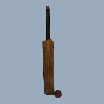 Natural Willow English Cricket Bat & Cricket Ball
