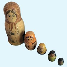 Russian Hand-Painted Matryoshka Nesting Stacking Dolls