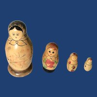 Russian Matryoshka Hand-Painted Nesting Stacking Dolls