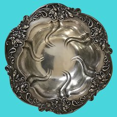 Antique A Meriden Brittania Co. Sterling Silver Repousse Berry Bowl