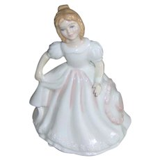 Vintage Royal Doulton figurine Amanda HN 2996