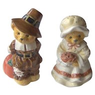 Vintage Thanksgiving Pilgrim Salt & Pepper Shakers