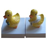 Vintage Yellow Duck salt and pepper shakers