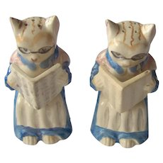Vintage Cats Reading Books Salt and Pepper Shakers