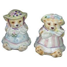 Vintage Teddy Bear Salt and Pepper Shaker Set