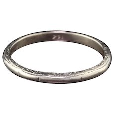 Circa 1934 - Antique Art Deco 14K White Gold Engraved Wedding Band - Size 6