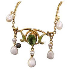 Antique Victorian 18K Yellow Gold Natural Pearl and Peridot Enamel Drop Necklace