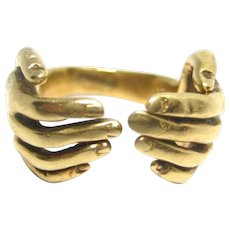 Unusual Vintage 14K Yellow Gold HANDS Ring Size 5.5 12.7g