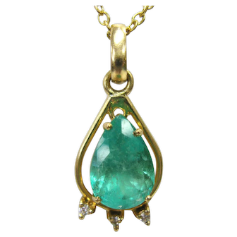 Columbian Emerald 3.5 Carat Pear Cut Pendant in 18K Yellow Gold with Diamonds