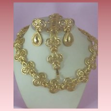 Grand Parure Etruscan Style ~ 3 Pc Set ~ Necklace, Bracelet & Earrings
