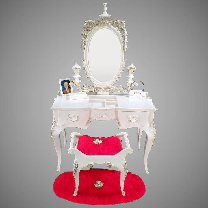 Astounding Vintage Susy Goose Barbie Vanity Table With Matching Bench And Rug Ibusinesslaw Wood Chair Design Ideas Ibusinesslaworg
