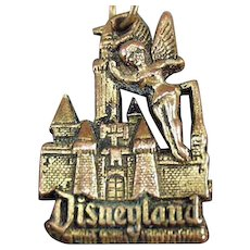 Vintage Disneyland Key Chain with Tinkerbell and the Magic Kingdom