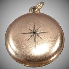 Vintage Gold Tone Locket – Old Picture Locket with Starburst Design