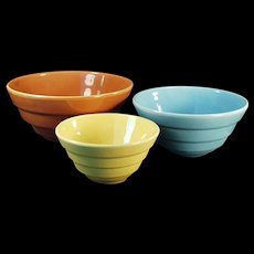 Colorful Vintage Nesting Bowls - Old Pottery Bowls - 3 Different Colors