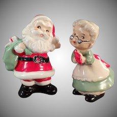 Vintage Salt and Pepper - Old Santa and Mrs. Claus S&P Set