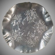 Vintage Aluminum Dish - Hammered Aluminum Serving Tray - Pretty Floral Design
