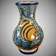 Richly Colored Mexican Pottery Vase – Colorful Underwater Fish Scene – Pinal H. Mexico