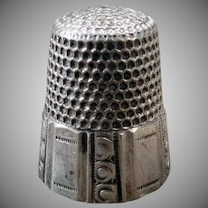 Vintage Sterling Silver Sewing Thimble with Paneled Design - Waite Thresher – Size 10