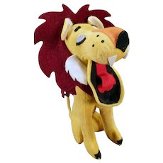 Vintage Stuffed Lion – Old Dakin Dream Pet – Yawning Lion