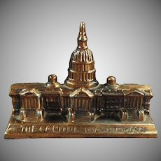 Vintage Paperweight - The Capitol Building in Washington D.C. - Old Figural Desktop Paperweight