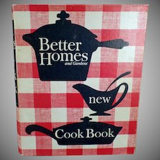"""Vintage Better Homes and Gardens Classic """"New"""" Cook Book – 1965 Recipe Book"""
