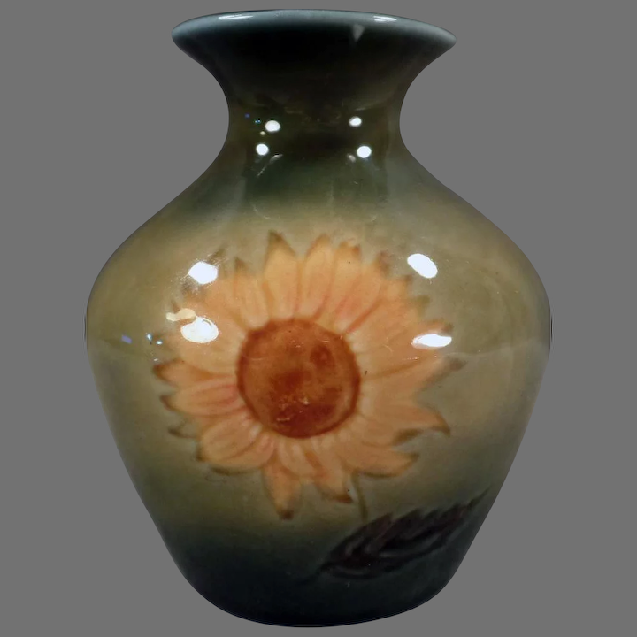 Vintage Wade Ireland Art Pottery Old