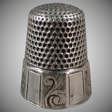Vintage Sterling Silver Thimble - Alternating Scroll Panels - Waite Thresher