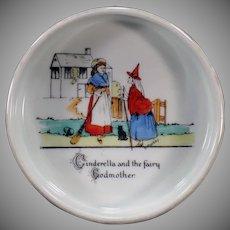 Vintage Baby Plate Feeding Dish - Cinderella - Made in Czechoslovakia