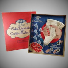 Vintage Cookie Maker & Cake Decorator Set with Original Box - Wecolite 1940's