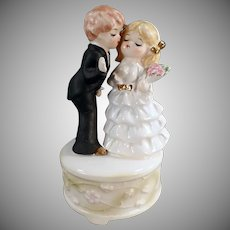 Vintage Bride and Groom Music Box - Here Comes the Bride