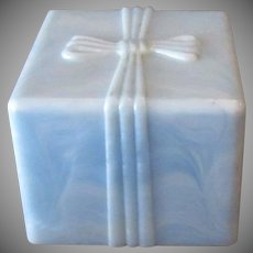 Vintage Ring Box – Pale Pearlized Blue Plastic with Bow Design
