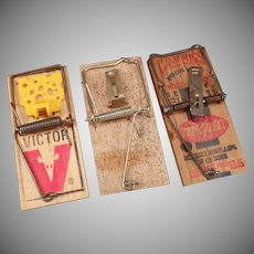 Three Vintage Mouse Traps – McGill Can't Miss and Victor