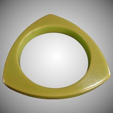 Vintage Deco Bangle Bracelet - Triangular Bakelite/Catalin