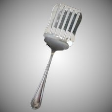Vintage Asparagus Fork Server – Simple Pattern – E.P.N.S. Made in England