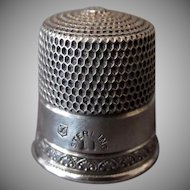 Vintage Simons Bros. Sterling Thimble with Nice Little Design – Size 11
