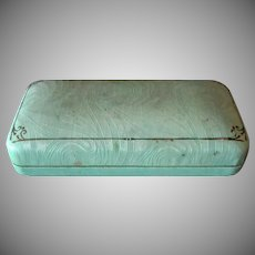 Vintage Jewelry Display Box – Pale Green with No Advertising