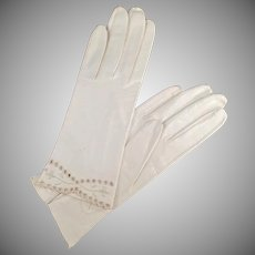 Vintage White Kid Leather Gloves - Detailed Edge - Ladies Old Wrist Length